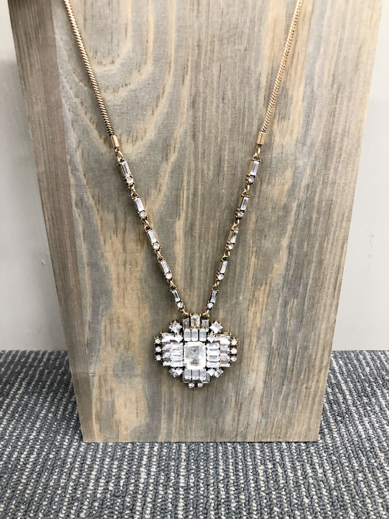 Shimmer Pendant Necklace