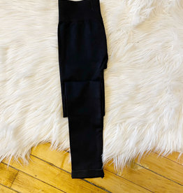 Nikibiki Black Signature Leggings