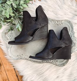 Hollyridge Black Heels