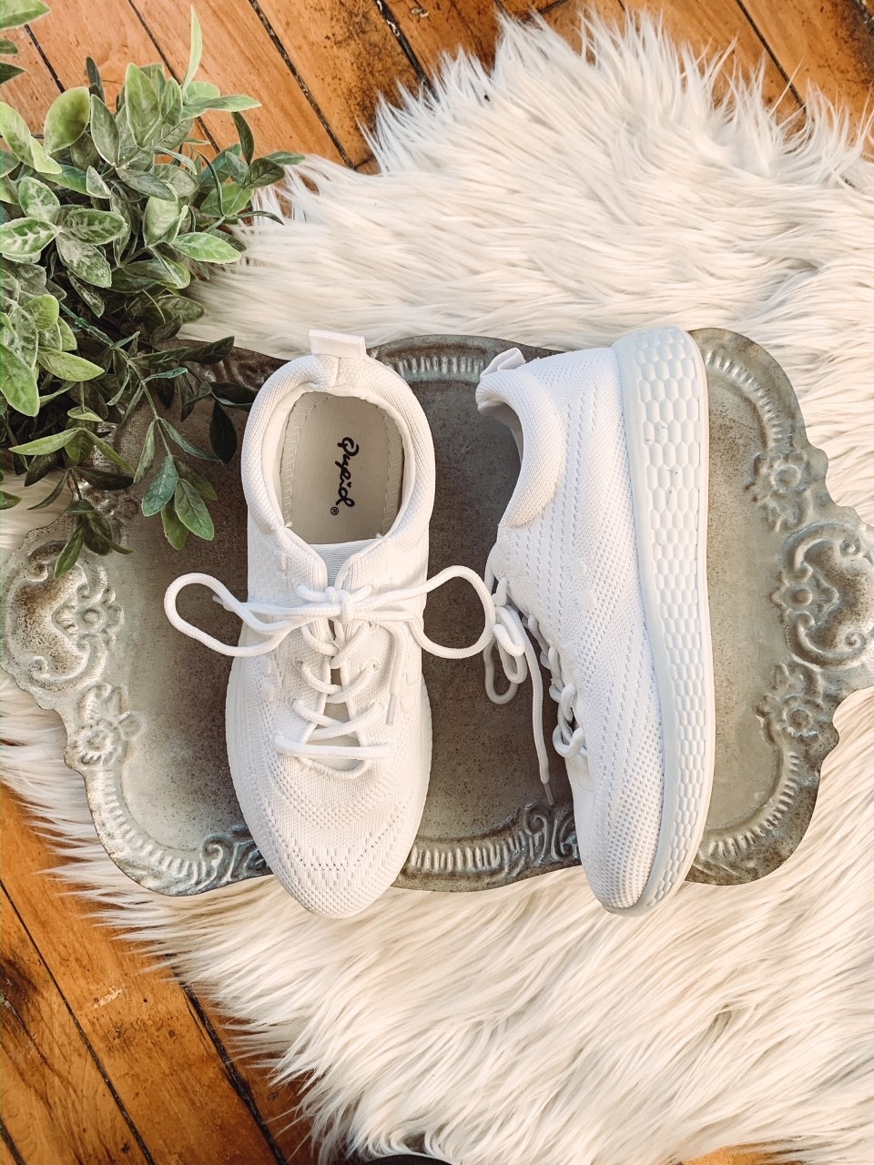 Layla White Knit Sneakers