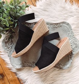 Ally Black Wedge