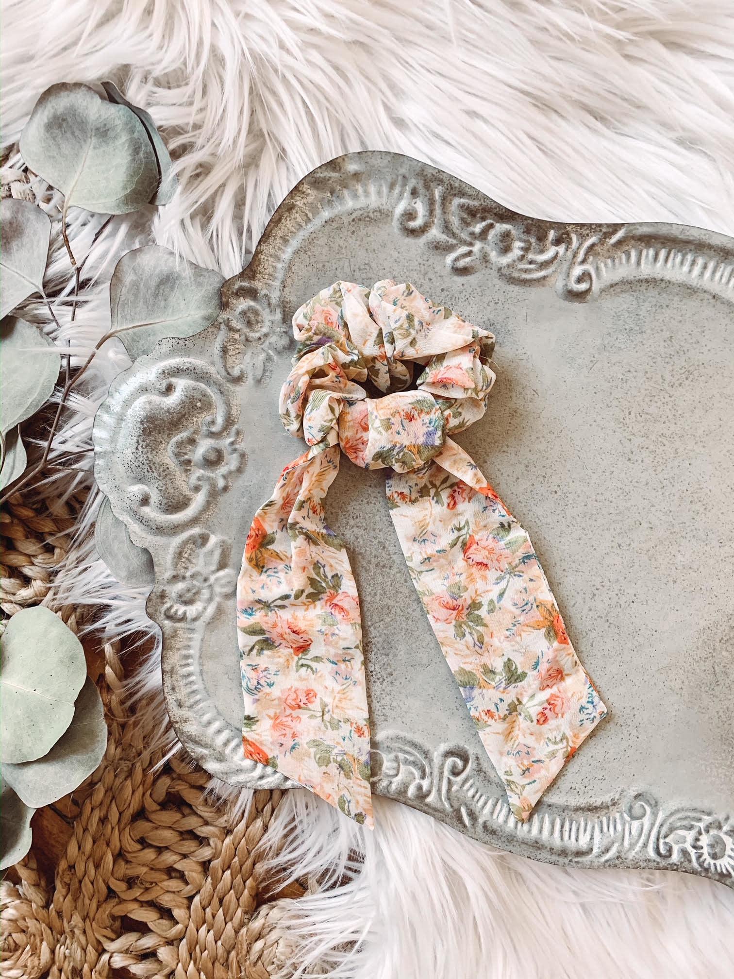Megan Floral Tail Scrunchie