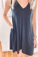 Leslie Black Dress