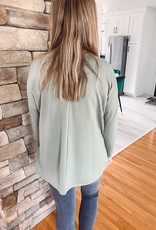 Ella Olive Pocket Top