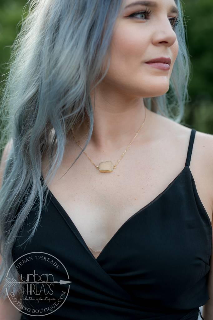 Ivory Stone Short Necklace