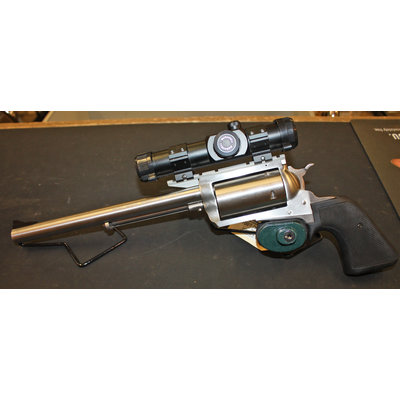 Magnum Research BFR 45-70 Revolver w/ Red Dot