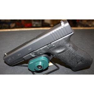 Glock Glock 17 Gen 3 w/ 2 mag & speedloader