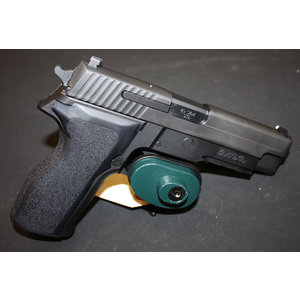 Consignment Sig Sauer P226 40 S&W with 2 Mags