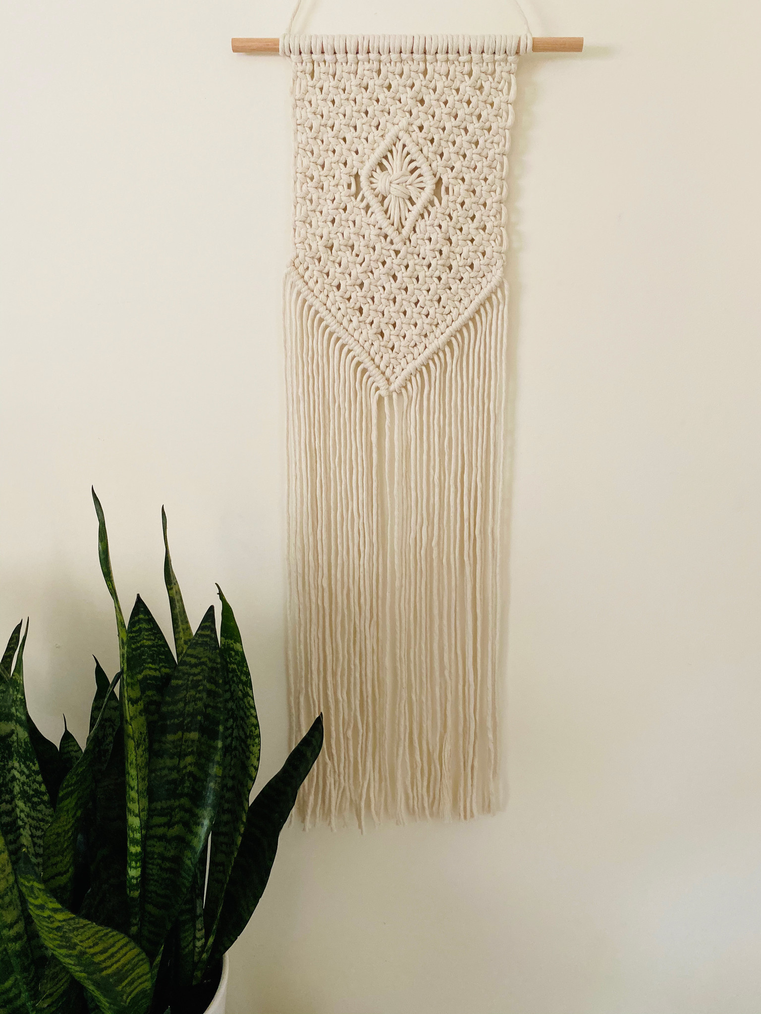 Macrame Wall Hanging For Beginners 3 21 10am 1pm A Good Yarn