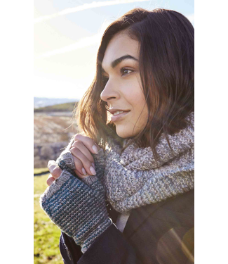Rowan Rowan Cashmere Tweed Nether Mitts Kit
