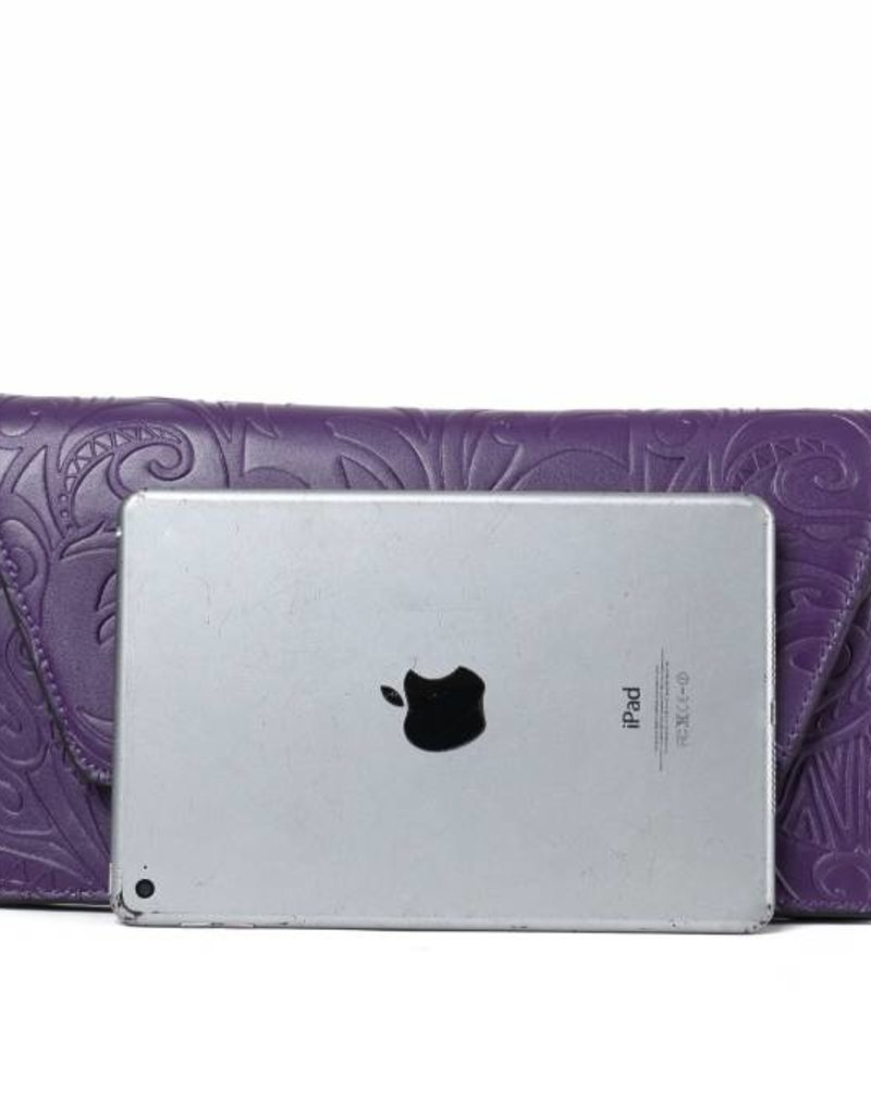 Happy Wahine Clutch Victoria Tapa Tiare Purple Embossed