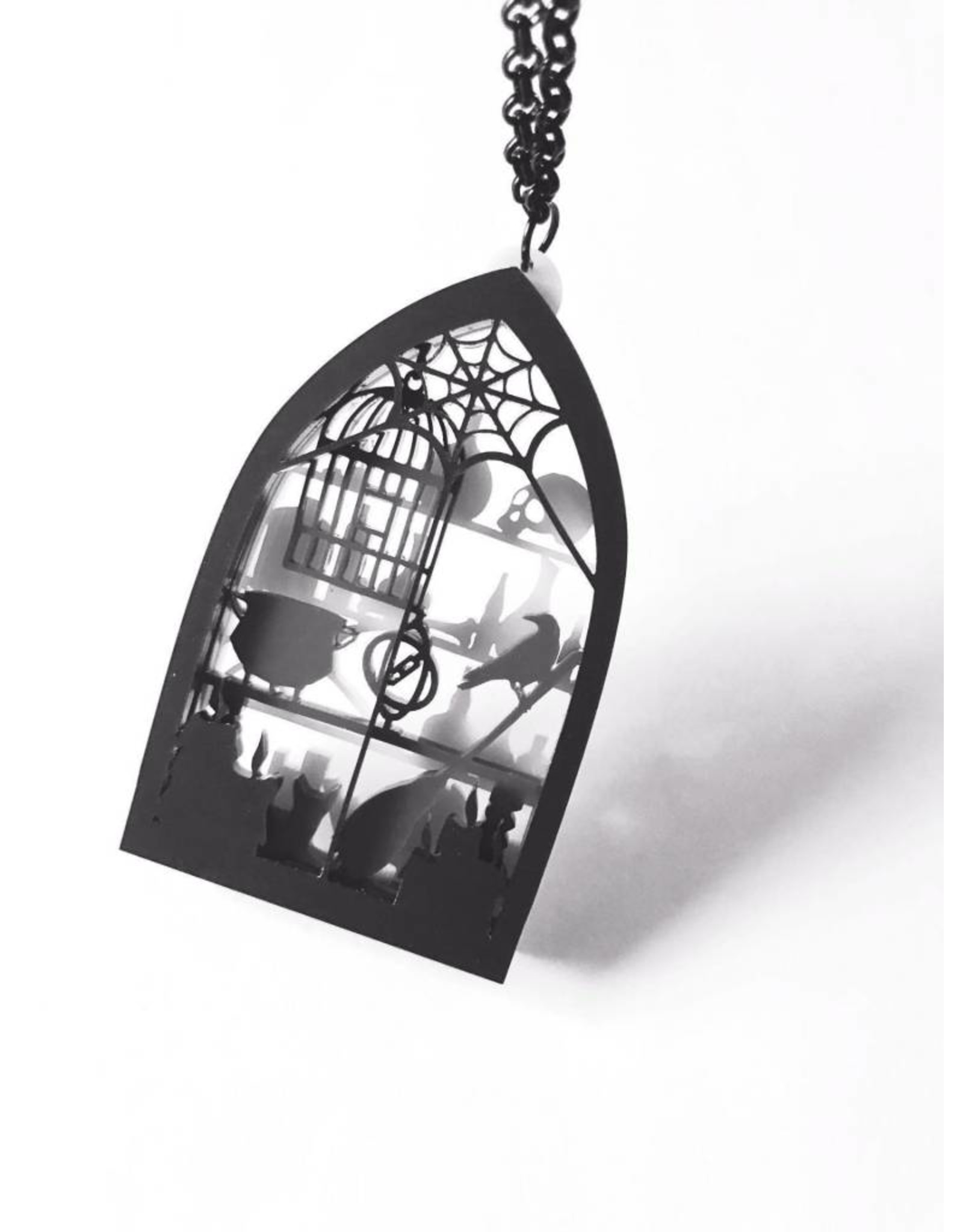 CURIOLOGY - Witches Workroom Diorama Necklace