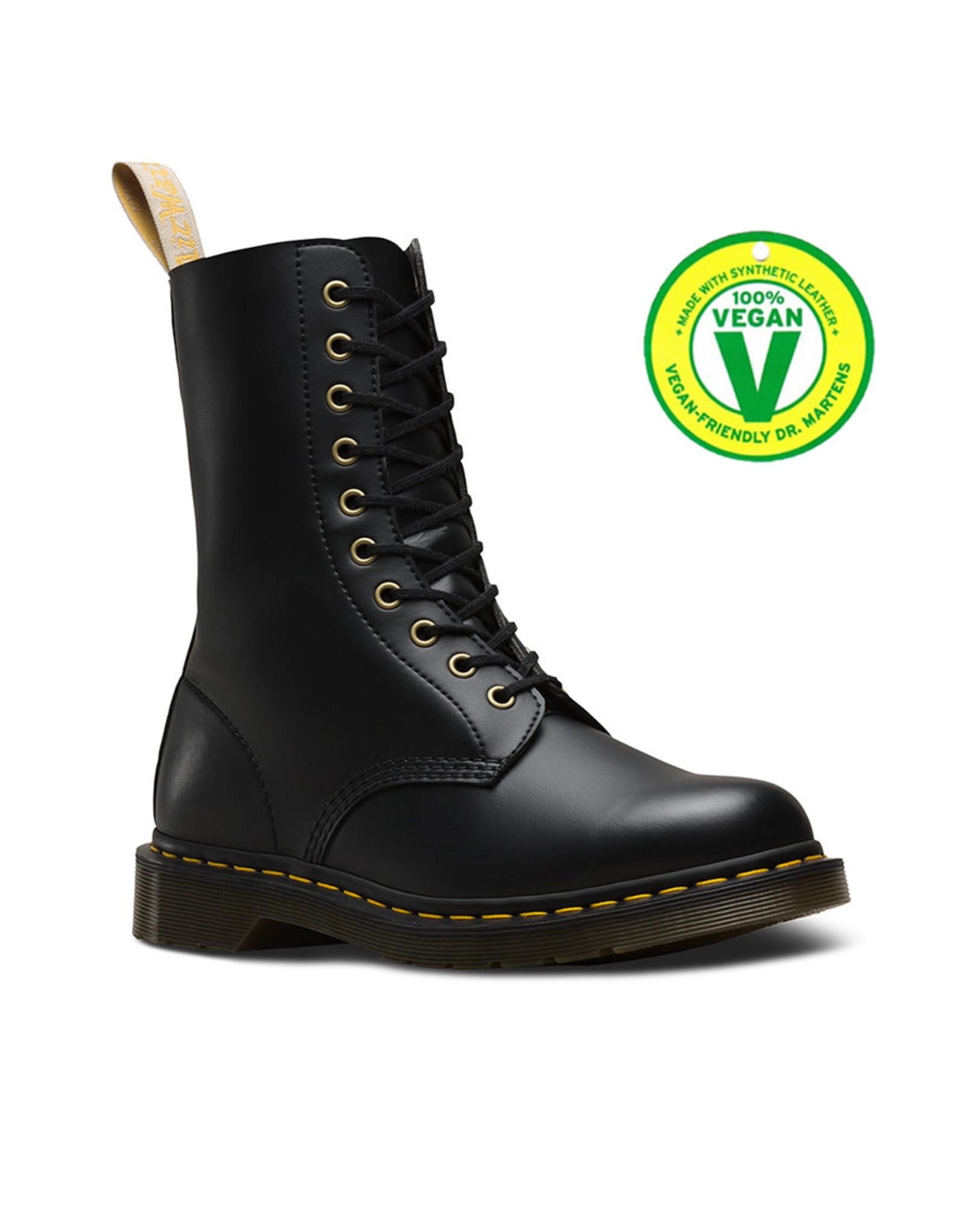 DR. MARTENS 1490 VEGAN BLACK FELIX RUB OFF 1000VEB-R23981001