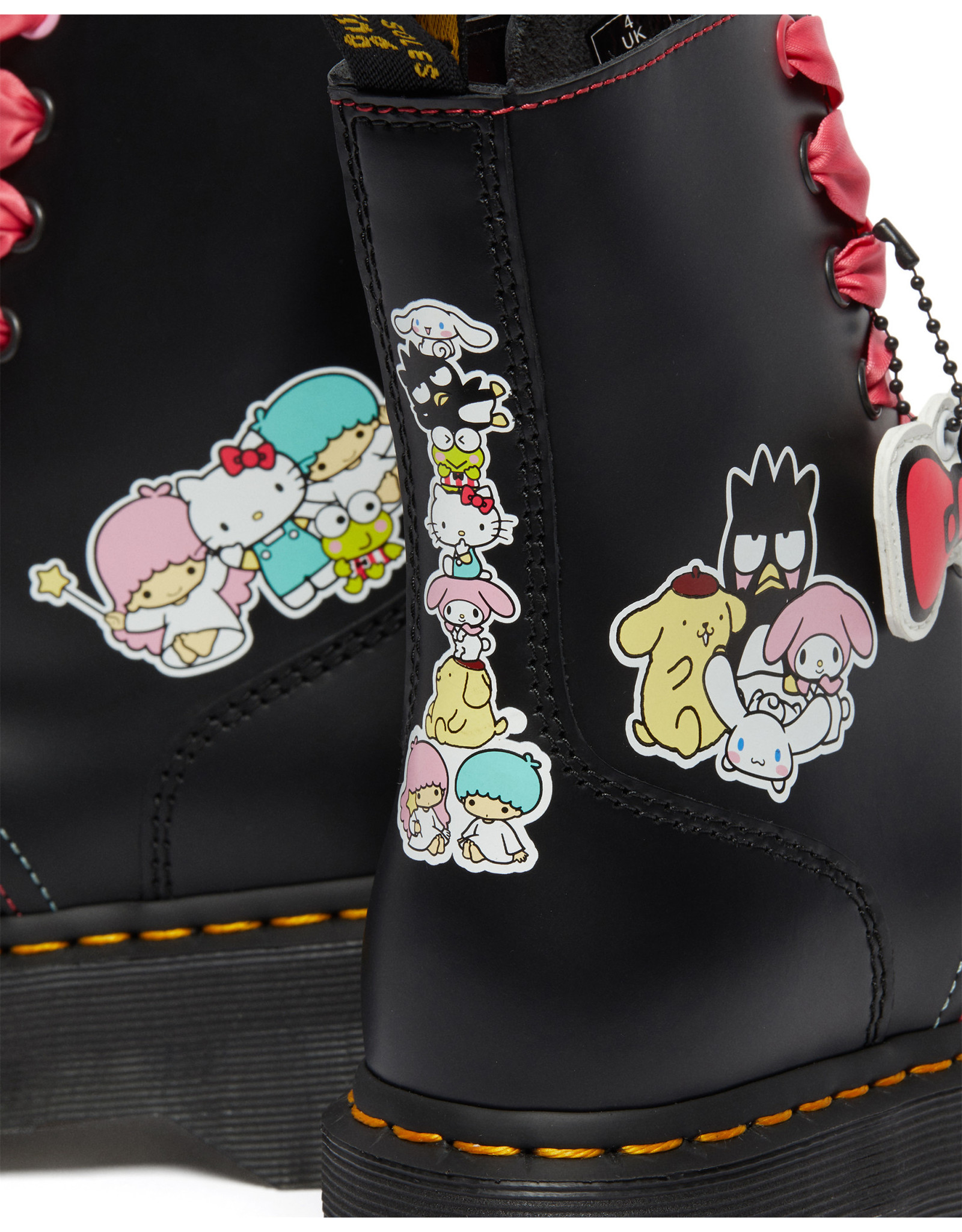 DR. MARTENS 1460 HELLO KITTY + FRIENDS BLACK + MULTI POLISHED SMOOTH 815HKF-R26840001