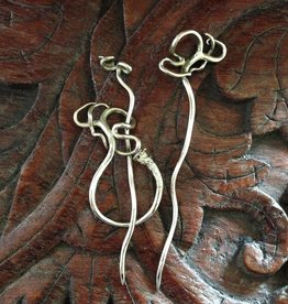 Jul Designs Jul Shawl Pin - Wild Grape Tendril