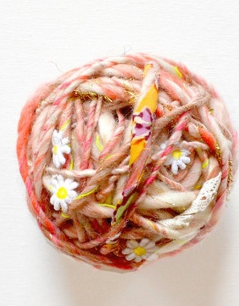 Knit Collage Daisy Chain - Natural Aura