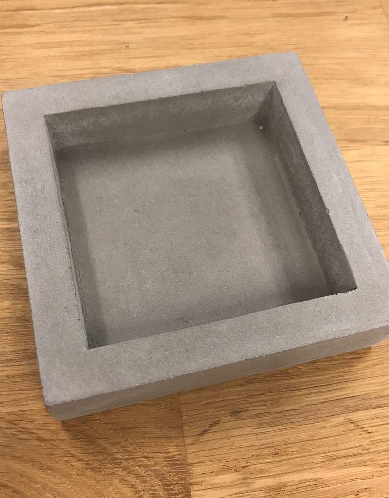 I LOVE HANDLES Slab Bin concrete dish