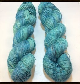 Faeriegrl Yarns faeriegrl yarns - estate