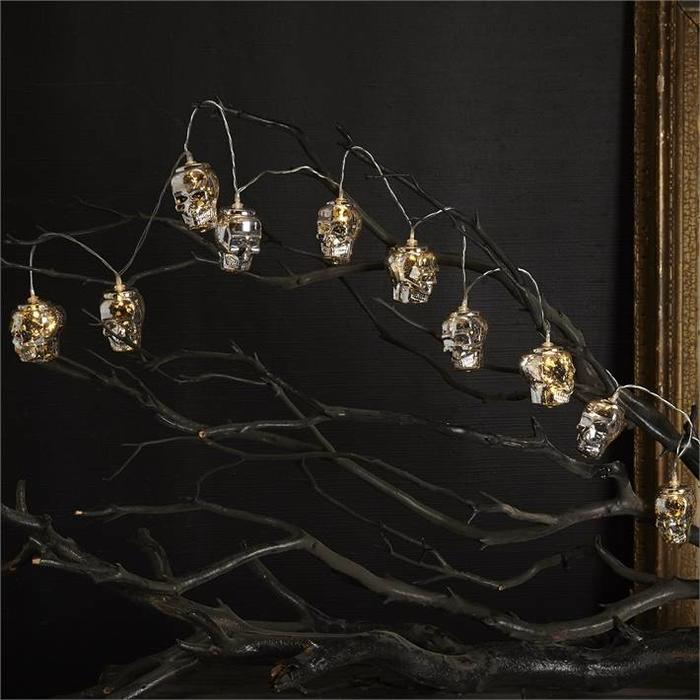 Skull Mercury LED String Lights