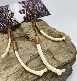 Perilin Jewelry Double Fox Rib Earrings by Perilin Jewelry