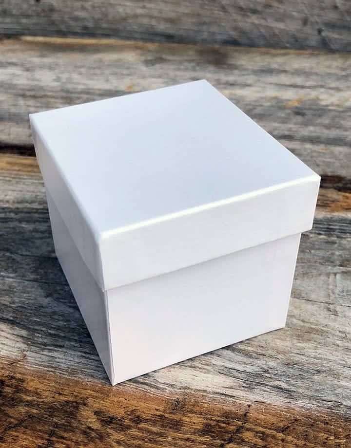 DBX1313 = Double Door Leatherette Earring Box with Packer