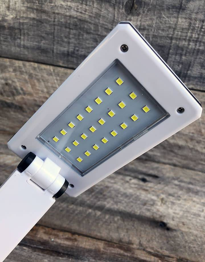 LM1600 = Portable Folding LED Lamp