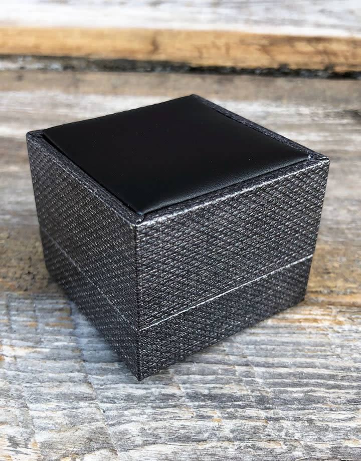 DBX3403 = Ring Box Premium Grey Mesh/Black Faux Leatherette