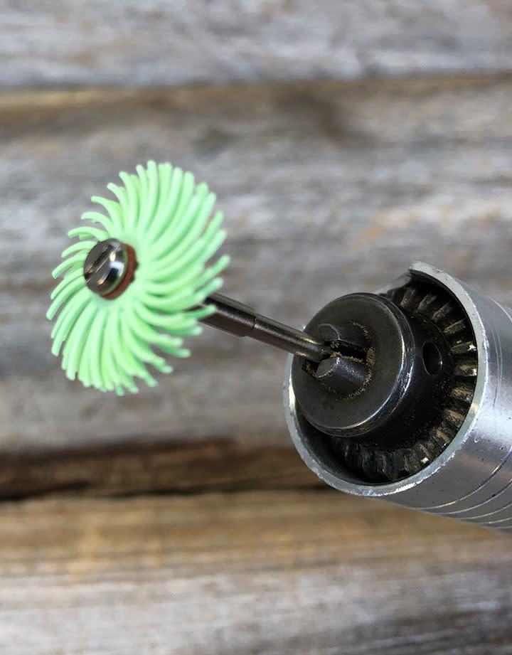 3M 10.9104A = 3M Bristle Disc 3/4'' 1 micron grit (Pkg of 12)