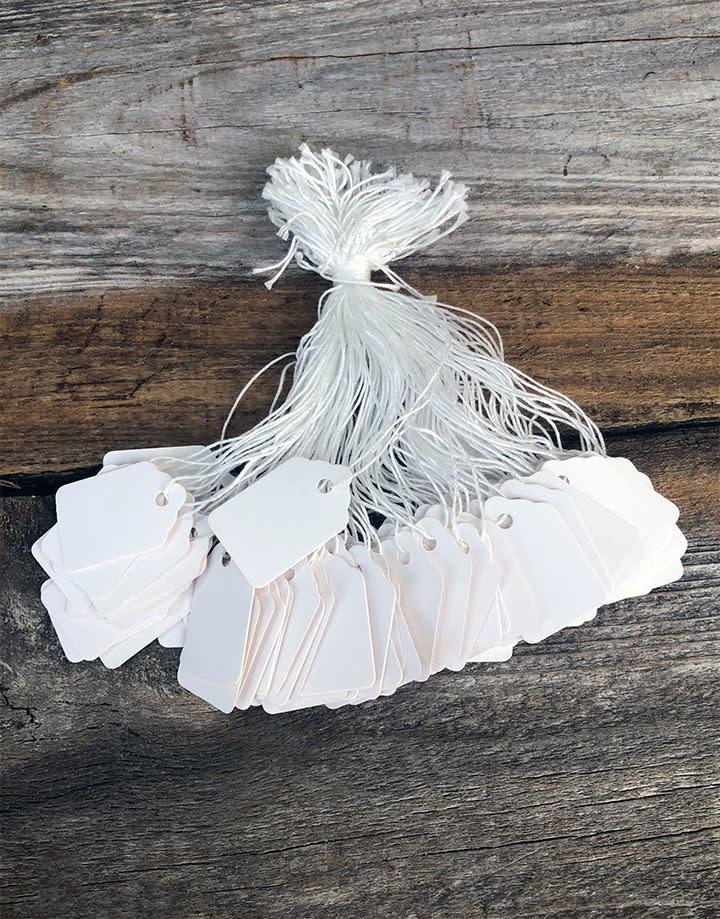 DTA1211 = Paper String Tag 9/16'' x 15/16''  White (Pkg of 1000)