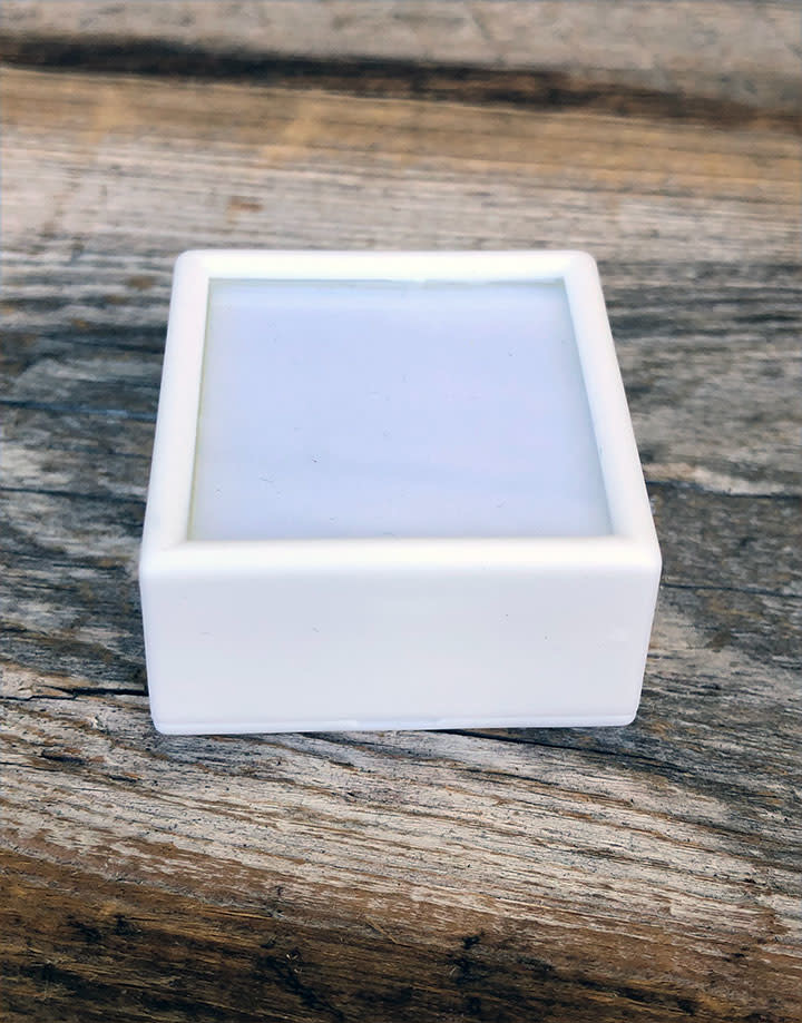 DST4005 = Gem Box with Glass Top & Foam Insert 1-1/2'' Square White (Pkg of 50)