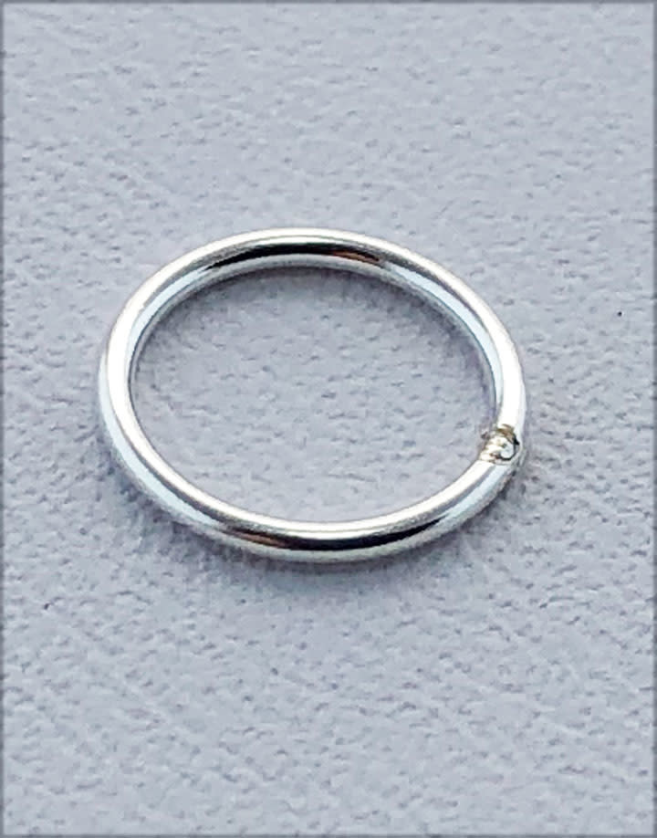 907S-6.5 = Closed Jump Ring Sterling Silver 6.5mm IDx.030'' (21ga) Wire (Pkg of 20)