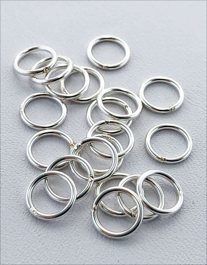 907S-5.25 = Closed Jump Ring Sterling Silver 5.25mm IDx.035'' (19ga) Wire (Pkg of 20)