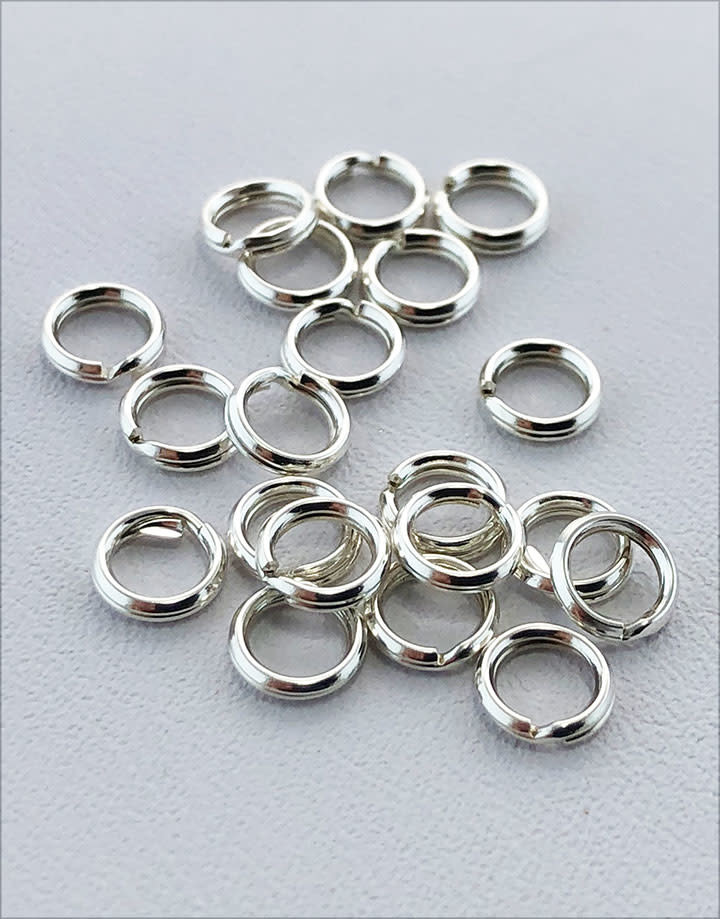 901S-02 = Round Split Ring Sterling Silver 5.2mm (Pkg of 20)