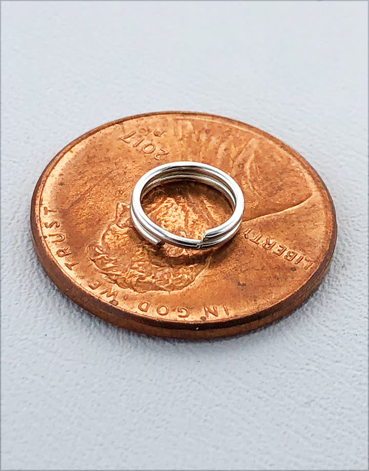901S-04 = Round Split Ring Sterling Silver 7.2mm (Pkg of 10)