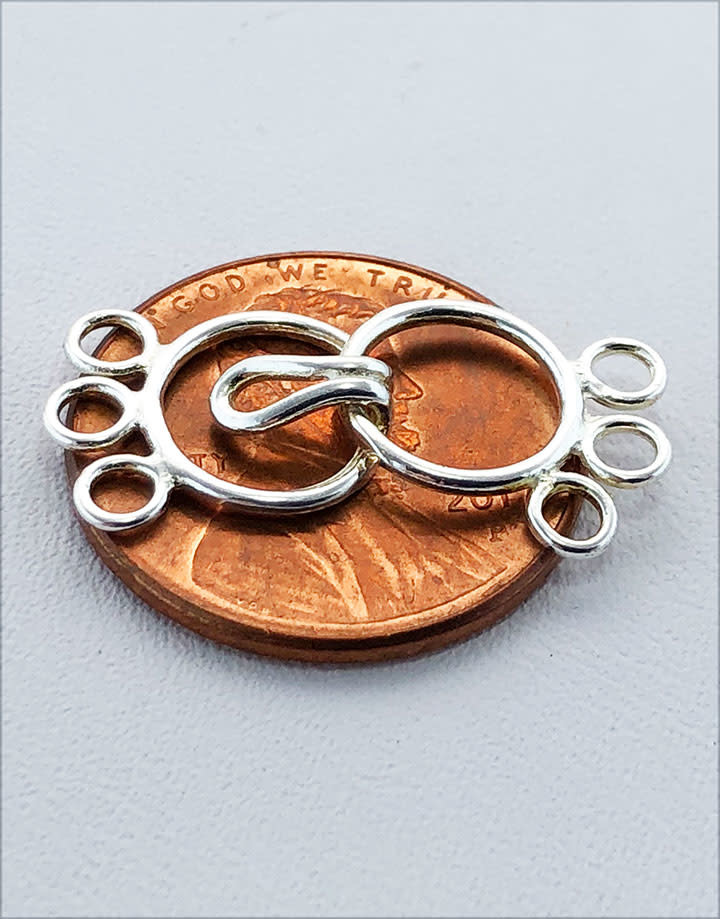 916S-03 = STERLING SILVER - CLASP CIRCLE W/3 RING-9MM (EACH)