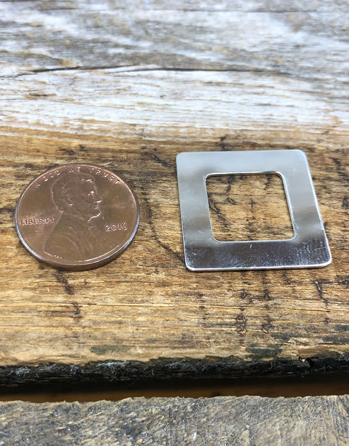 MSS1104 = Sterling Washer Square 7/8'' (22ga)