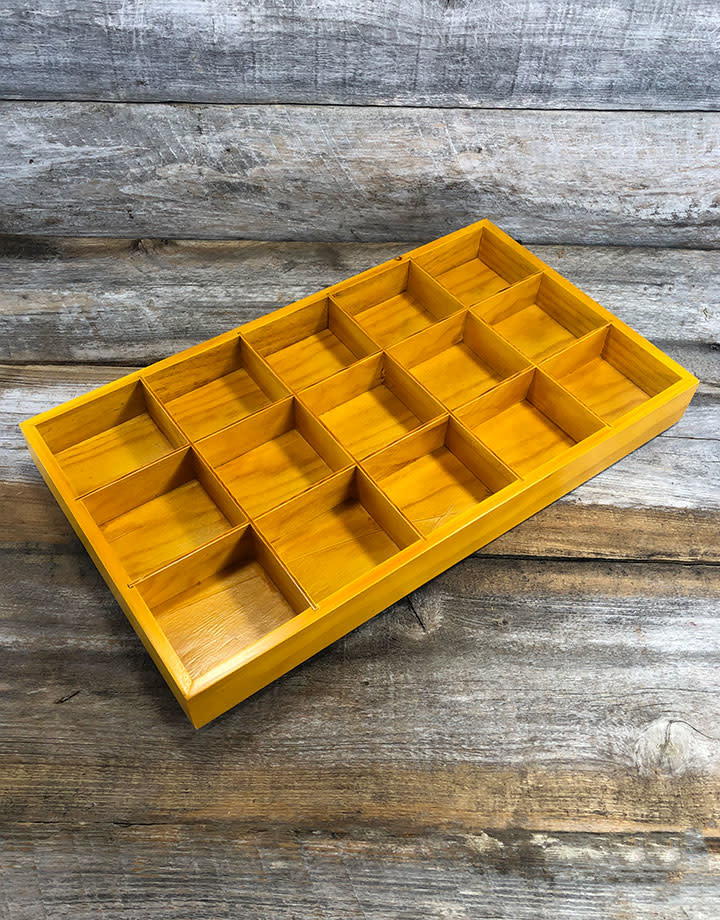 DTR2015 = Wood Tray with 15 Compartments