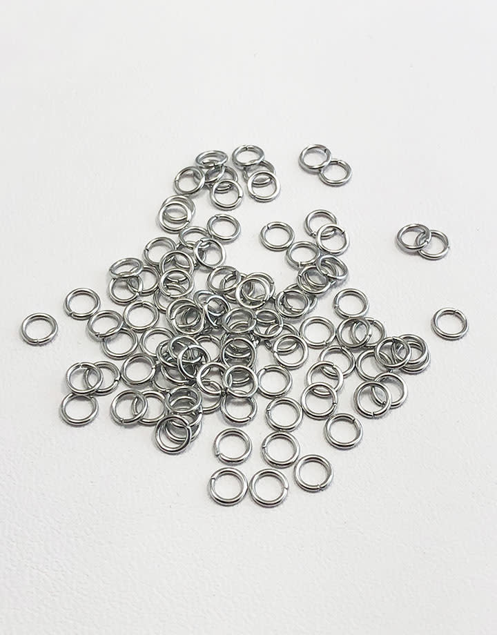 900L-4024 = Stainless Steel Jump Ring 22ga, 4mm ID (Pkg of 100)