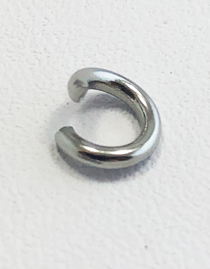 904L-6051 = Stainless Steel Jump Ring Pre-open 16ga, 6mm ID (Pkg of 100)