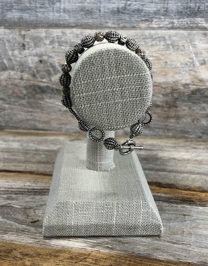 DBR7190 = Grey Linen Bracelet Bar 7-1/2'' wide x 4-7/8'' high