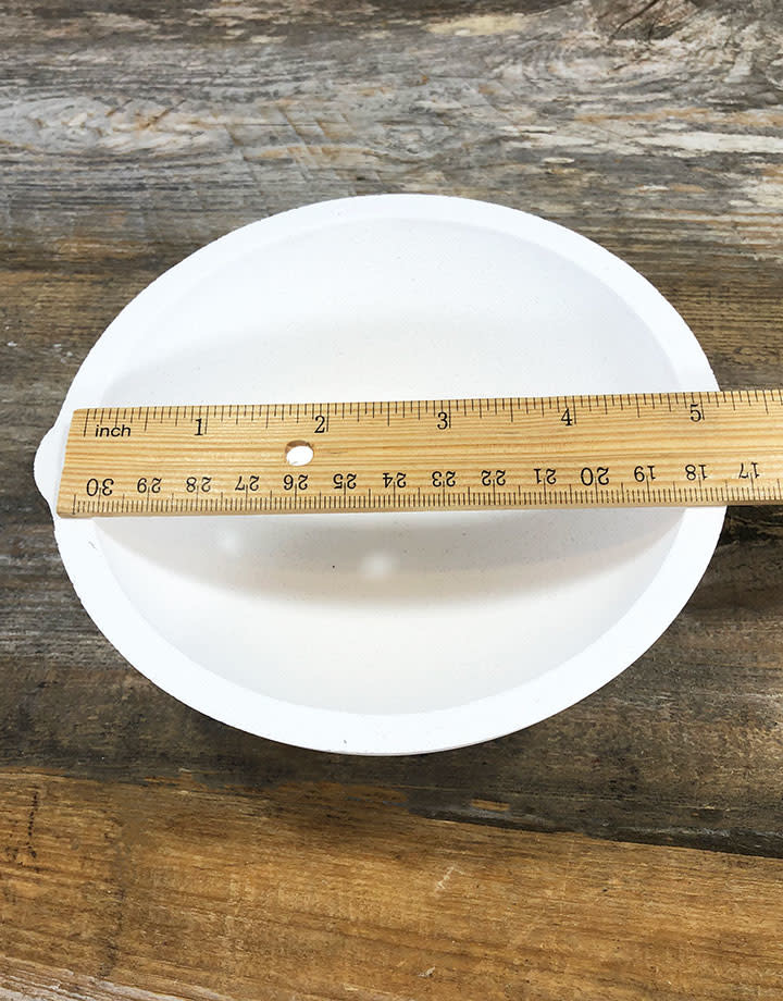 22.784 = Ceramic Melting Dish / Crucible 480dwt Capacity
