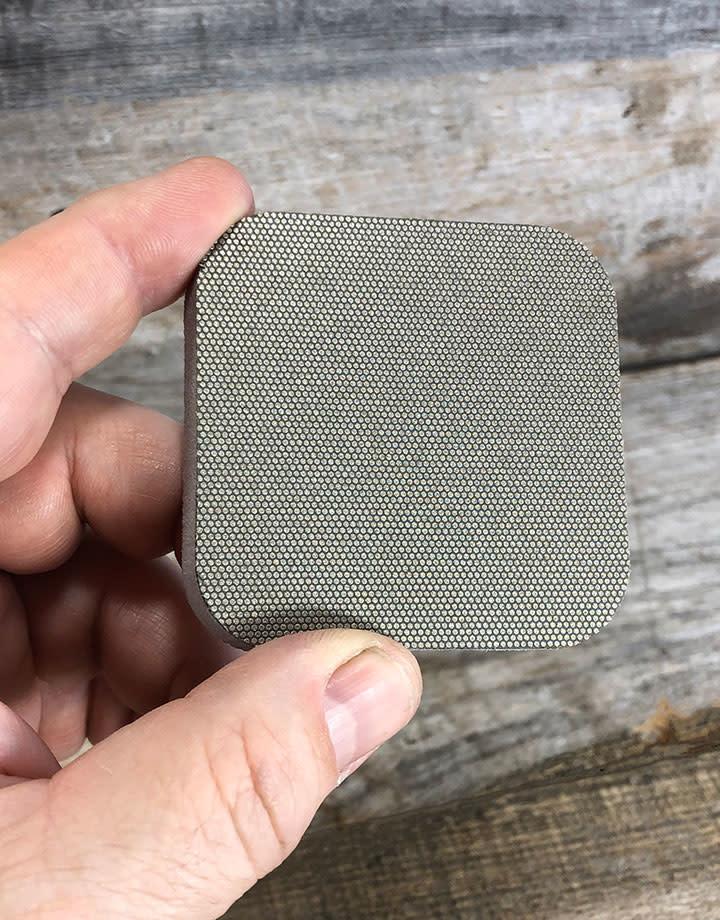 3M ST7682P = FLEX DIAMOND ABRASIVE PAD  2.5''x2.5''  280grit