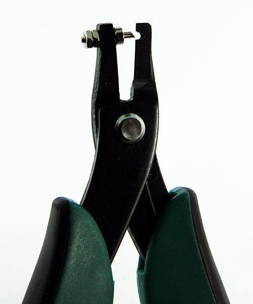 Eurotool PL1338 = Wubbers Corner Hole Punching Plier 1.5mm