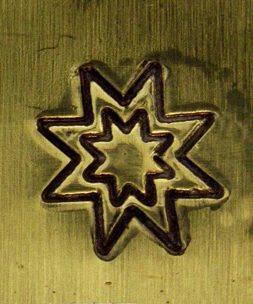 PN5019 = TRADITIONAL DESIGN STAMP - Star burst