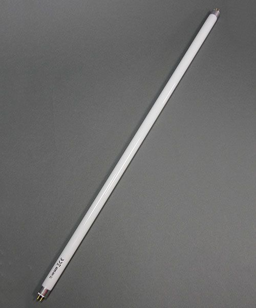 13.111 = Replacement Fluorescent Bulb for #13.110 Bench Lamp 22""