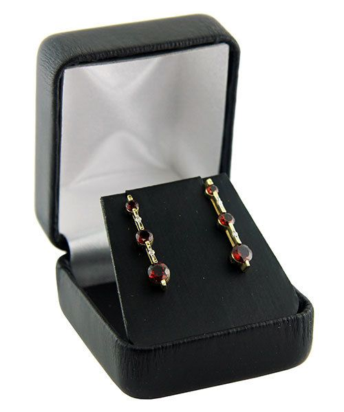 DBX1902E = Leatherette Earring Box Black (EACH)