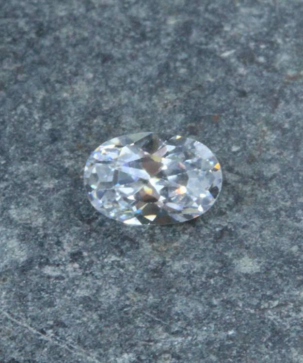 CZOV6X4 = Cubic Zirconia Oval Shape 6x4mm (Pkg of 5)