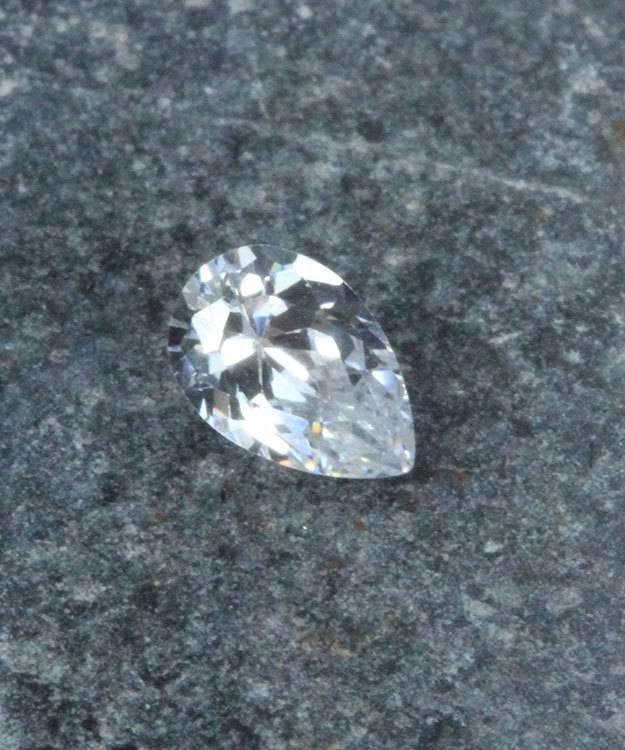CZPR6X4 = Cubic Zirconia Pear Shape 6x4mm (Pkg of 5)