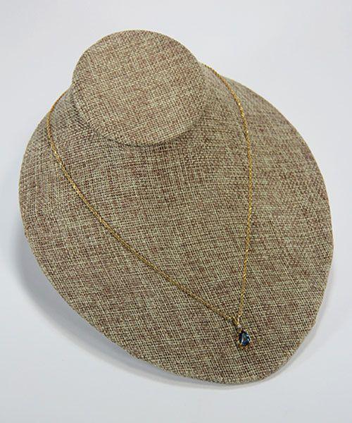DCH3711 = Burlap Low Necklace Bust 7'' wide x 3-1/2'' high