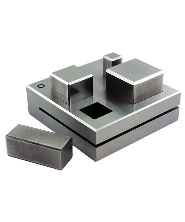 DA2416 = Large Square Disc Cutter Set of Four Sizes 10mm to 27mm